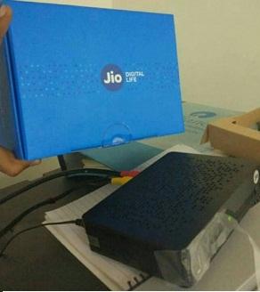 dth set of box